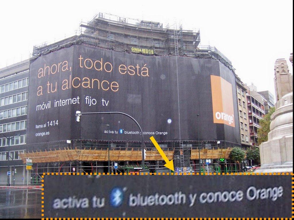 Valla Marketing Local con Bluetooth Orange Bilbao