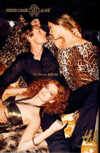 Erotismo en la Publicidad - Roberto Cavalli H&M