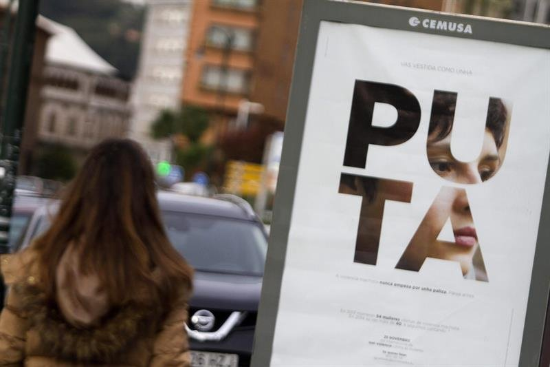 Puta-Burra-Cerda-Campanha-Violencia-Genero_Pontevedra_Blog-the-orange-market